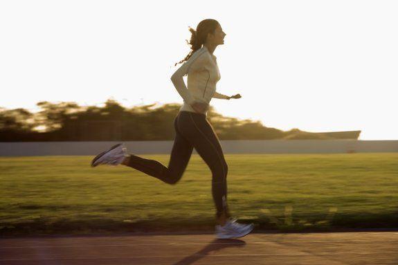 Conheça Algumas Dicas Para Aumentar a Resistência Durante a Corrida - Corre Salta e Lança