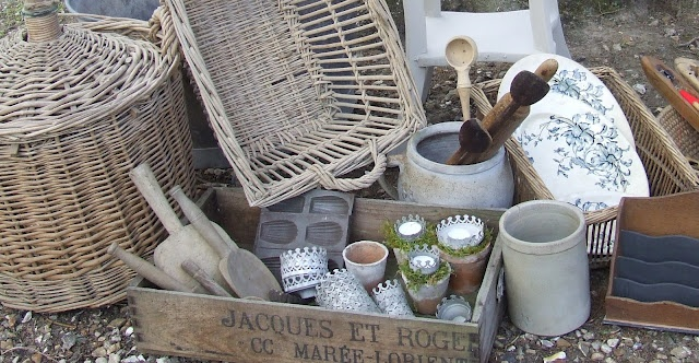 french antiques shops