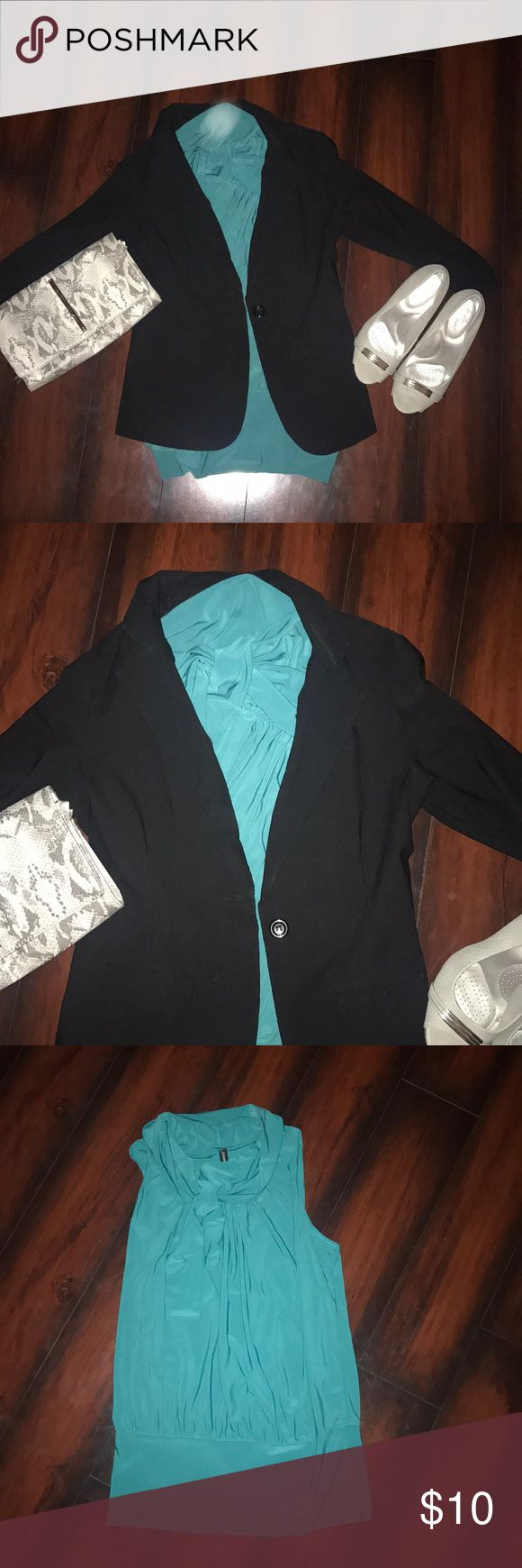 Green sleeveless blouse Green sleeveless blouse. Ties at the collar. Fitted bat the bottom and loose in the middle. Looks GREAT with a blazer and heels! Tops Blouses