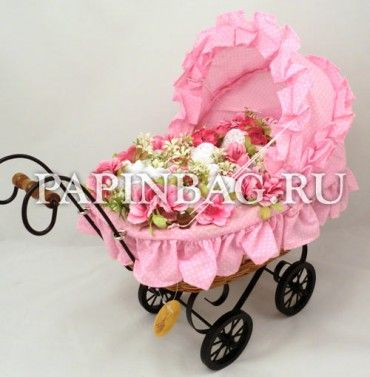 "BABAY-Bouquet  ""SnowWhiteGirl"" for neborn girl in Reinart Faelens in wicker baby carriage"