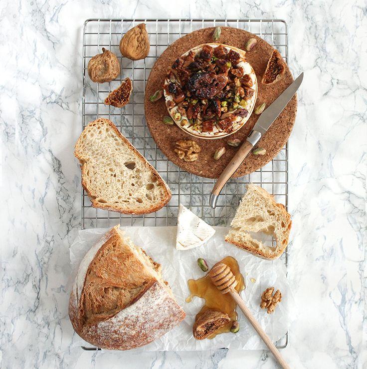 Camembert rôti, miel et figues