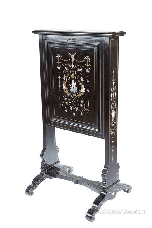 Fine Quality Black Lacquer Marquetry Desk - Antiques Atlas
