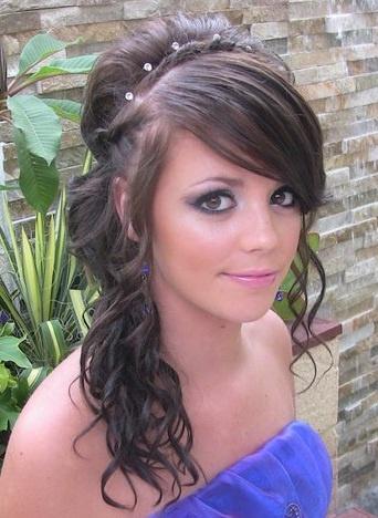 Girls make up/hair