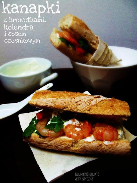 kulinarna galeria arty-styczna: Kanapki z krewetkami, kolendrą i sosem czosnkowym