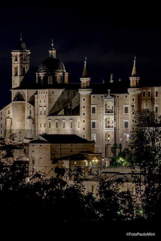 #Urbino, Le Marche, www.tendi.nl/italie  www.alidifirenze.fr