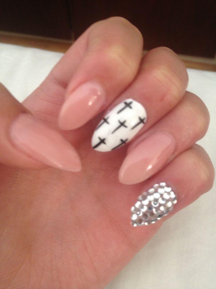 Best 20+ Black almond nails ideas on Pinterest   Dark acrylic nails, Black  acrylic nails and Claw nails - Best 20+ Black Almond Nails Ideas On Pinterest Dark Acrylic