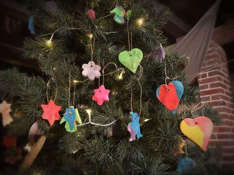 Weihnachtsbaum Anhänger Aus Salzteig, Kinderbastelaktion, Teig Aus Dem  Thermomix, Christbaumschmuck Selber Machen