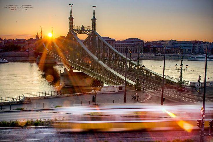 Budapest ébredezik