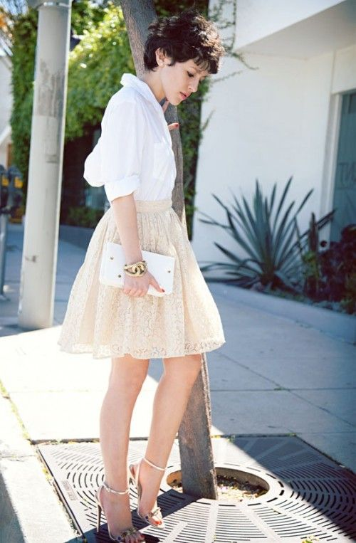 What to Wear On Mother's Day Sunday Brunch cream A line skirt white top summer spring outfit