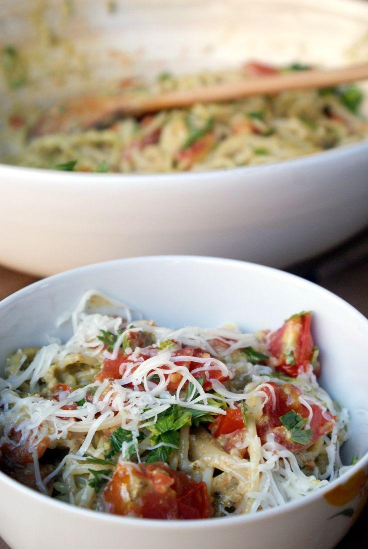 bits&pieces: 50/52 - Pesto pasta with tomatoes