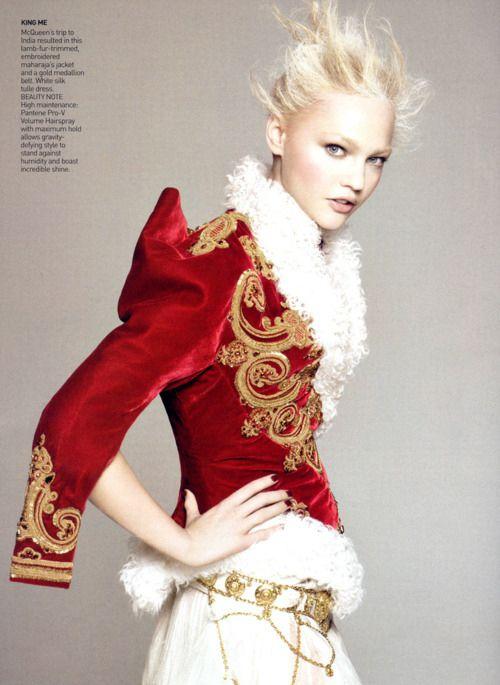 mcqueen: Sashapivovarova, Alexander Mcqueen, Vogue Paris, David Sims, Alexandermcqueen, Red Velvet, Sasha Pivovarova, Photo Shooting, Haute Couture
