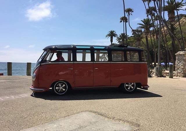 17 best images about vw bus van combi kombi on pinterest limo buses and fast and loud. Black Bedroom Furniture Sets. Home Design Ideas