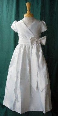 This has got to be my favorite Baptism Dress.   So simple but so elegant at the same time.   LOVE IT!!!