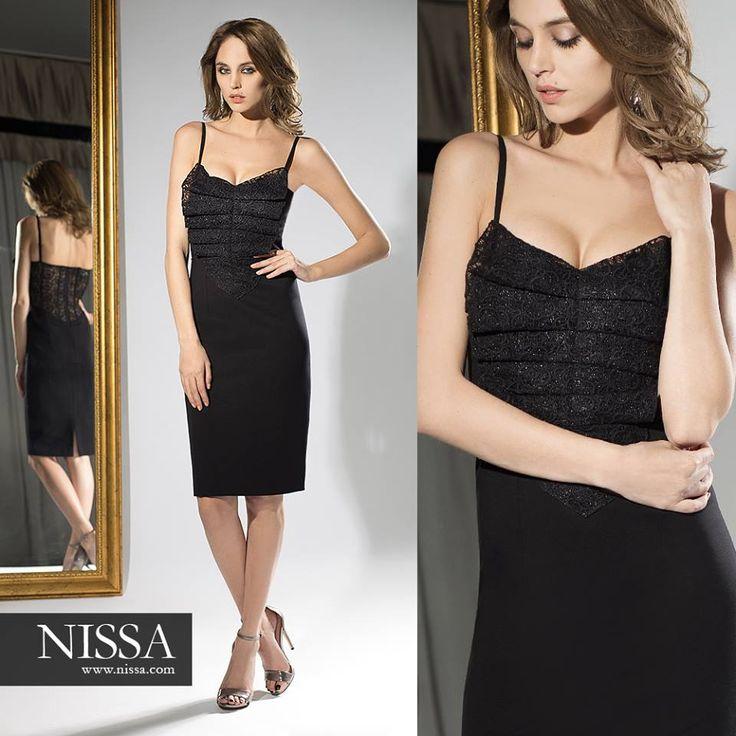 www.nissa.com  #nissa #revelion #newyearseve #tinuta #look #outfit #dress #eveningdress #purple #mov #evening #style #stylish #fashion #fashionista