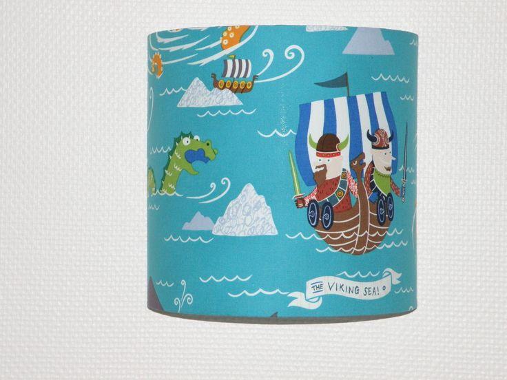 Abat-jour: applique luminaire demi lune les vikings et le monstre du loch ness pour chambre d'enfant : Décoration pour enfants par anne-claude-c