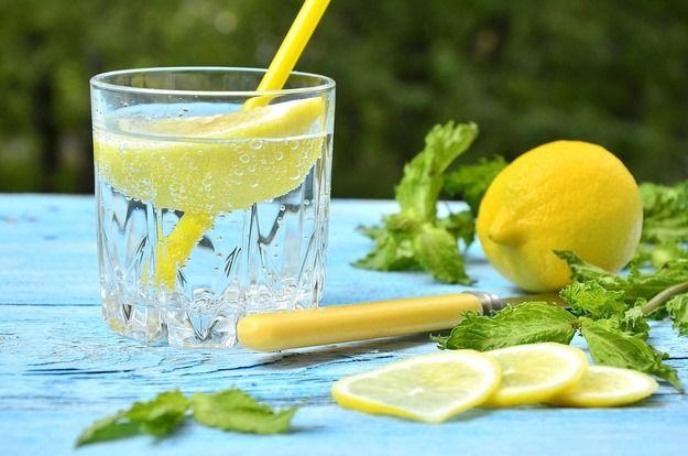 Польза воды с лимонным соком
