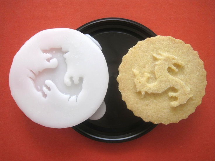House Targaryen Cookie Stamp Recipe And Instructions Make Your Own Game Of Thrones Cookies
