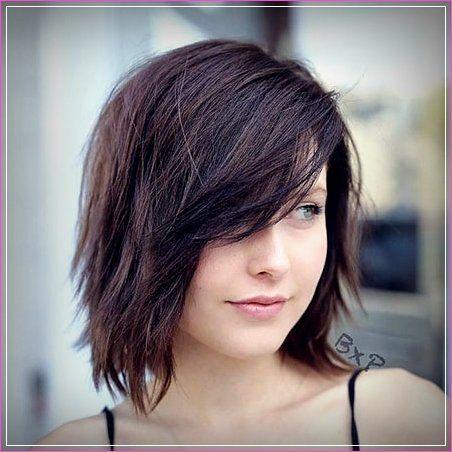 23 Kurze Frisuren mit seitlichem Pony – #Frisuren …