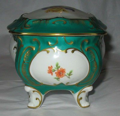 VINTAGE JLMENAU GRAF VON HENNEBERG PORCELAIN TRINKET BOX with LID - EAST GERMANY (10/26/2014)