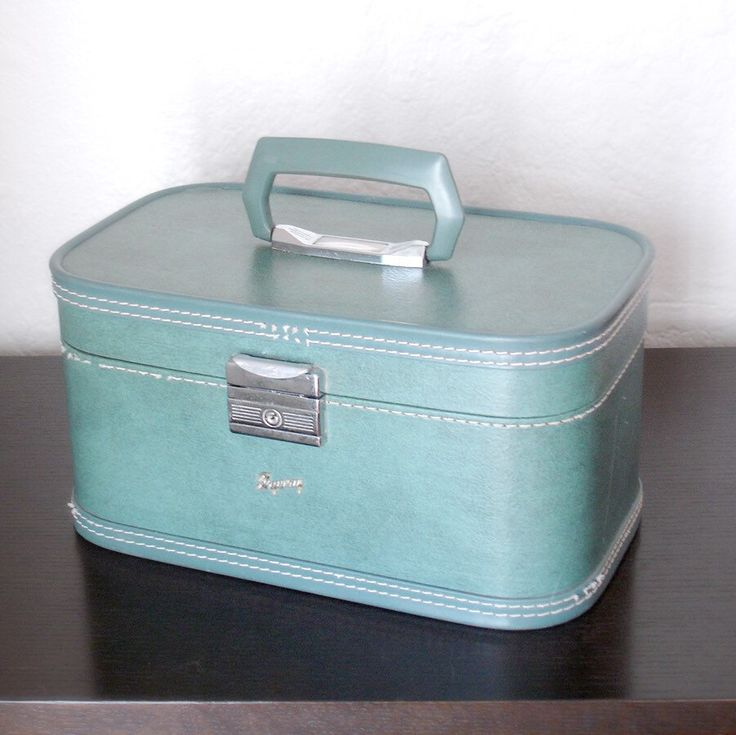 18 best Vintage Luggage images on Pinterest | Vintage luggage ...