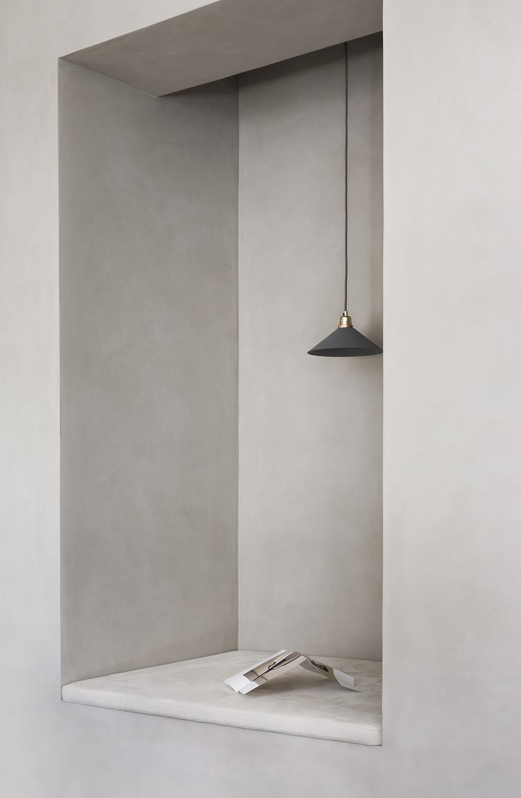 Between richness and constraint. Norm Architects on Dezeen about their interior design for Kinfolk's stunning new head office in Copenhagen. Photo: Norm Architects / Kinfolk