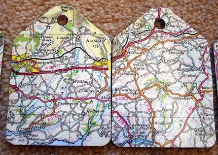 recycled gift tags #maps - would also work for scrapbook pages and cards:)Artsy Craftsy, Tags Ideas, Maps Gift, Tags Maps, Recycle Maps, Recycle Gift, Maps Tags, Gift Tags, Luggage Tags