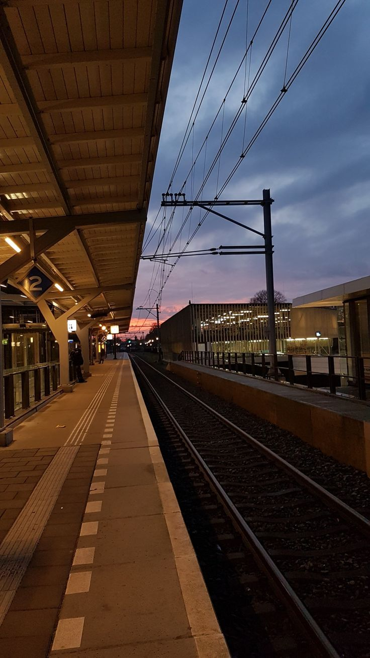 Wallpaper Backgrounds Aesthetic Train Stationskyclouds
