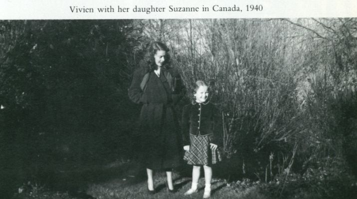 Vivien Leigh with her only child Suzanne, later Mrs Farrington in 1940