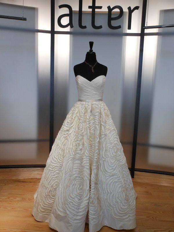 Amsale Wedding Dress. Perfection.