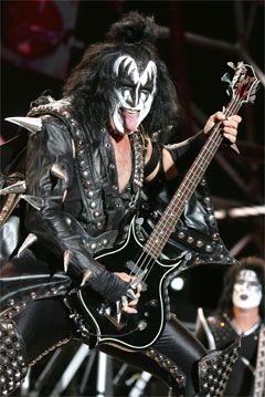 gene simmons had some great shoes...