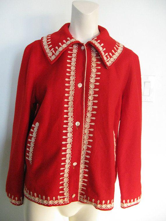 pakaian merah