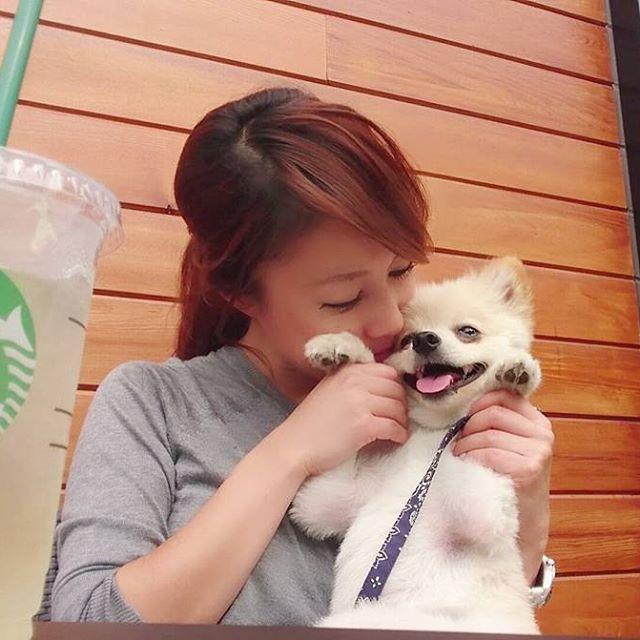 朝っぱらからスタバでイチャイチャ❤今日から ぷーちゃんお泊まり💦💦離れたくないよぅ💦💦 #gm #旅行 前の#ひととき #らぶらぶ #イチャイチャ #pomestagram #pom#pomeranian #ぽめらにあん #ポメラニアン#シバラニアン #愛犬#犬#dog#love#cute#ぷー太#fukuoka#福岡#cafe#カフェ #starbucks #スタバ