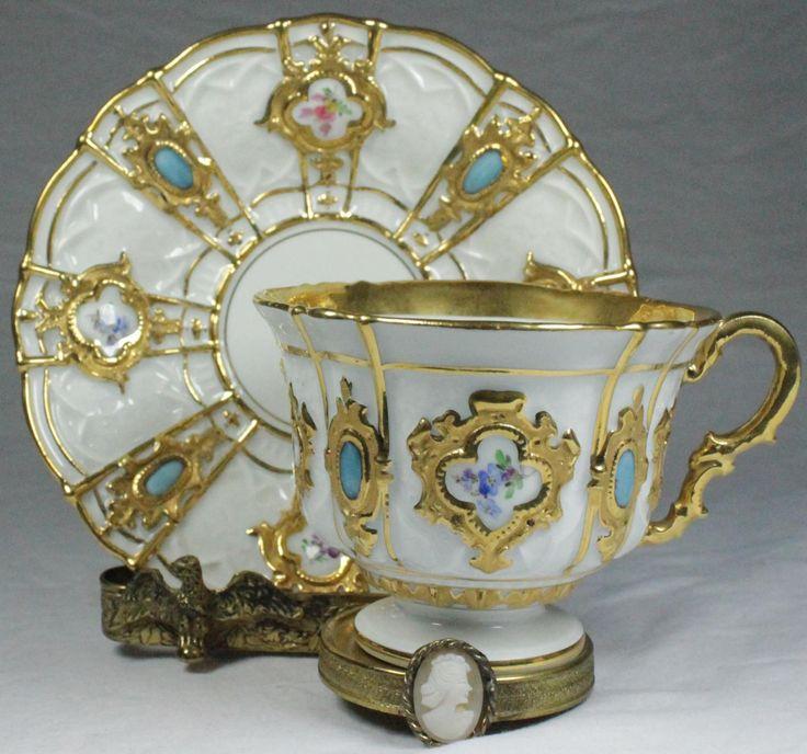Šálek na kávu * míšenský porcelán, zdobený zlatem a vykládaný kameny CZ ♥