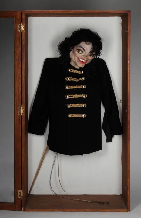 MJ Handpuppet