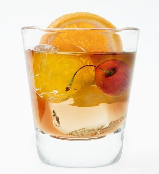 Signature His & Hers Cocktails: For him - A Negroni! #signature #his #cocktail