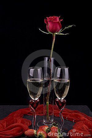 Vino e strwaberries romantici