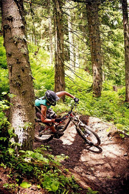 Rider: Caro Gehrig   Location: Spielberghaus Salbach/Hinterglem, Austria   Photo: Dominic Zimmermann   Spring / Summer Collection 2012   www.zimtstern.com   #zimtstern #spring #summer #collection #womens #bike #downhill #mountain #cross #nature #alpine #trail