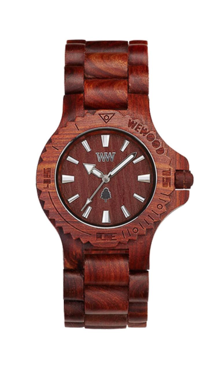 Jednoduchý design, jednoduchá barva – čistě hnědé břestovcové hodinky pro ty, kterým je nejbližší barva země, po níž se naše lidstvo prochází už nějaký ten milion let.