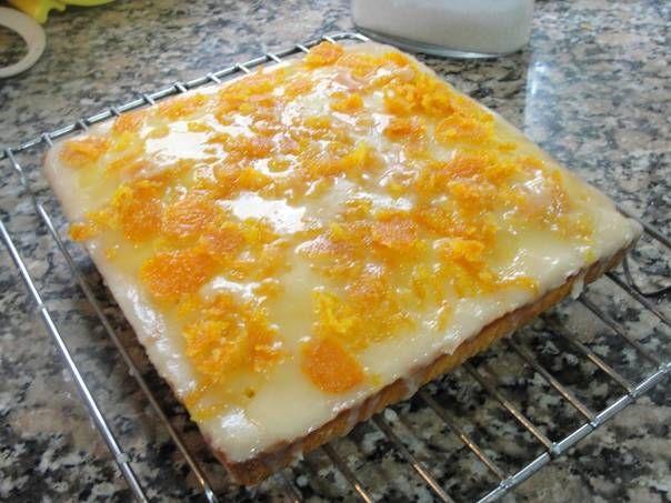Torta de naranja glaseada