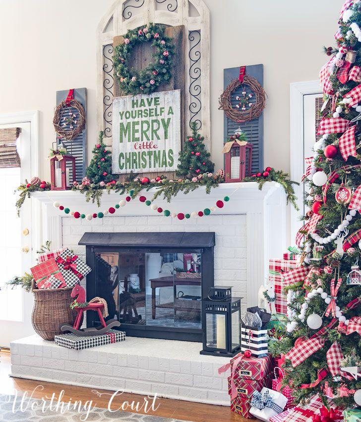 Lovely Christmas Mantels Around America   My Very Merry Farmhouse Christmas Mantel
