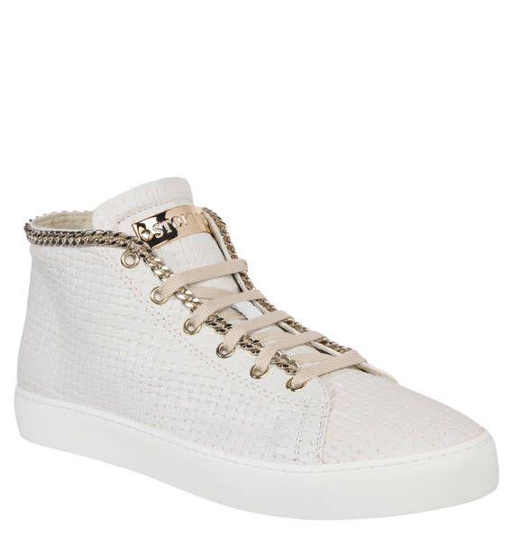 #STOKTON #Sneaker, #Reißverschluss, #Schnürer, #aufgenähte #Kette Sneaker für Damen von STOKTON mit einer Kombination aus Reißverschluss und Schnürer. Eine aufgenähte Kette setzt einen rockigen Akzent. Wer meint, dass Schuhe das Highlight eines Outfits sein sollten, liegt mit dem Sneaker für Damen von STOKTON genau richtig. Die Kombination aus strukturiertem Obermaterial und aufgenähter Gliederkette sorgt für einen unkonventionellen, rockigen Look. Die dekorative Schnürung und der…