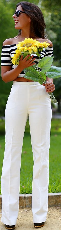 Lovely the way this outfit works! Striped cropped, off-shoulder shirt with high-waisted white pants