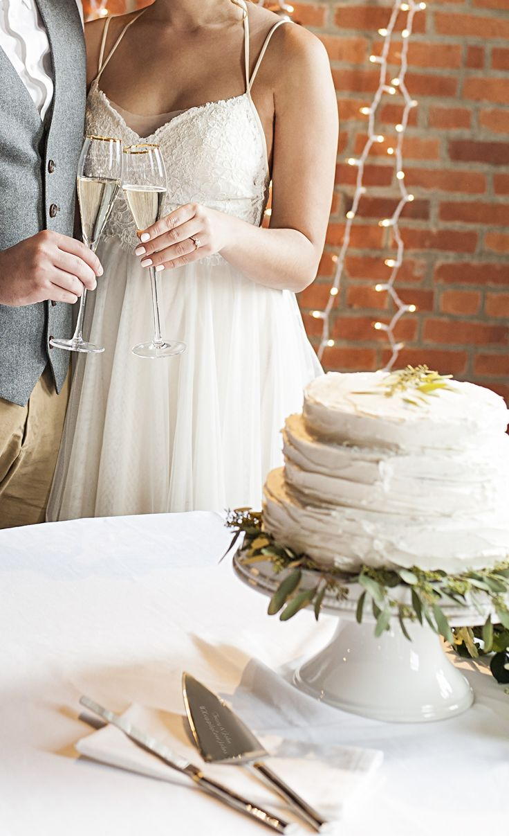 The 272 best Wedding Cakes images on Pinterest   Best gifts for mom ...