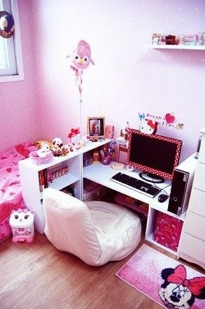 pink hello kitty room