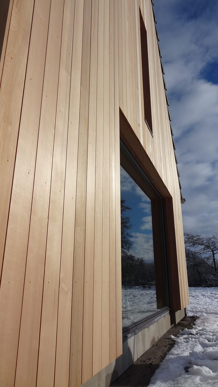 Modern barn cross laminated timber red cedar barnhouse