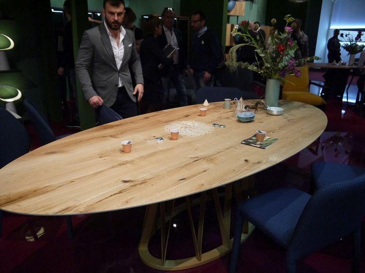 Oval wood table by Miniforms    http://www.malfattistore.it/en/2016/04/malfattistore-milan-design-week-2016/   #malfattistore #italiandesign #table #miniforms #shoponline #diningroom #modernfurniture