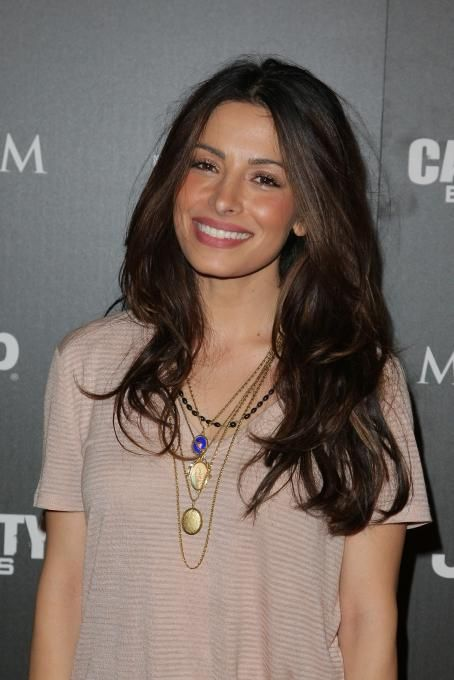 Persian Sarah Shahi - 2010 Maximum Warrior partay at Supperclub LA, 10.12.2010. | FanPix.net