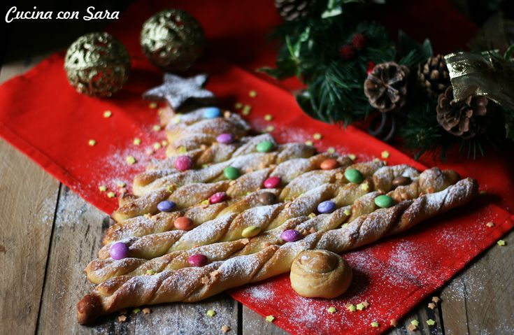 Albero di pan brioche – ricetta natalizia alla cannella