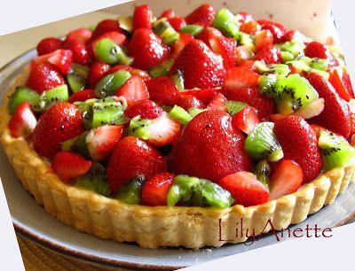 LilyAnette: Strawberry & Kiwi Cream Cheese Tart