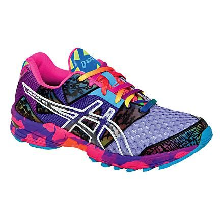 Womens ASICS GEL-Noosa Tri 8 Running Shoe {these look cool}